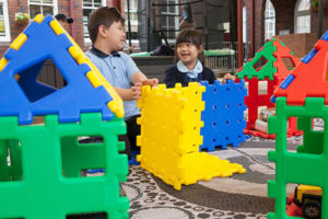 Students at St Michael's Catholic Primary School Daceyville playing with building block